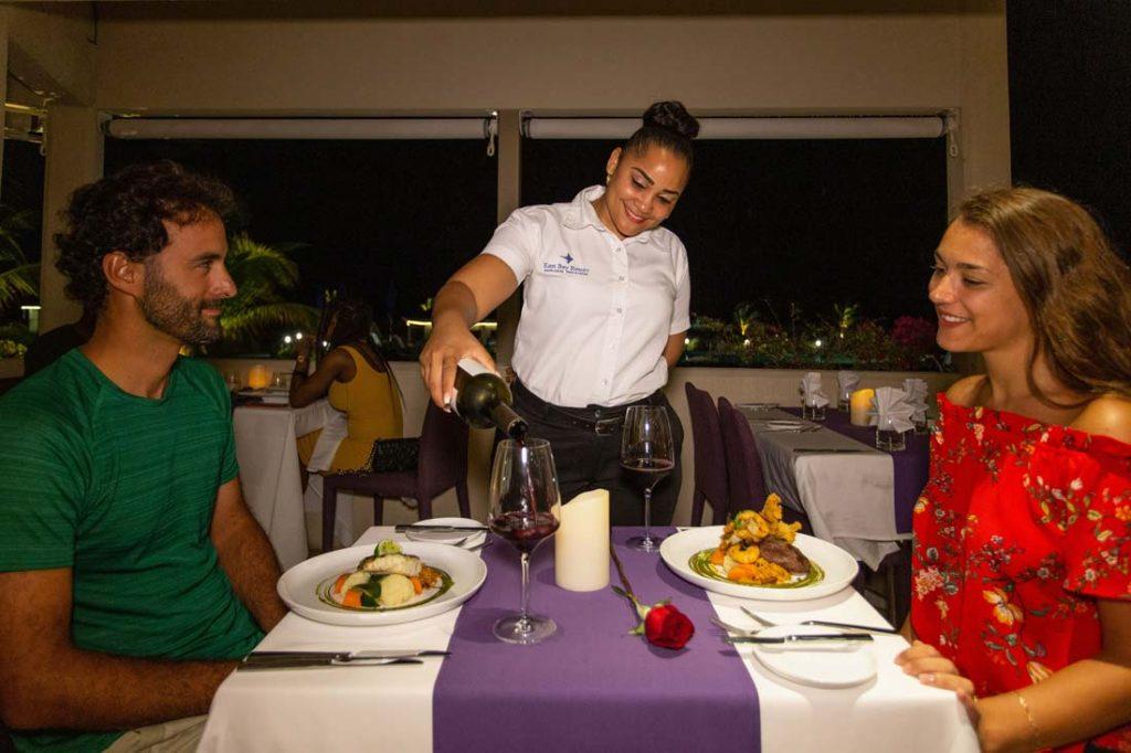 East Bay Resort Restaurant - Soth Caicxos