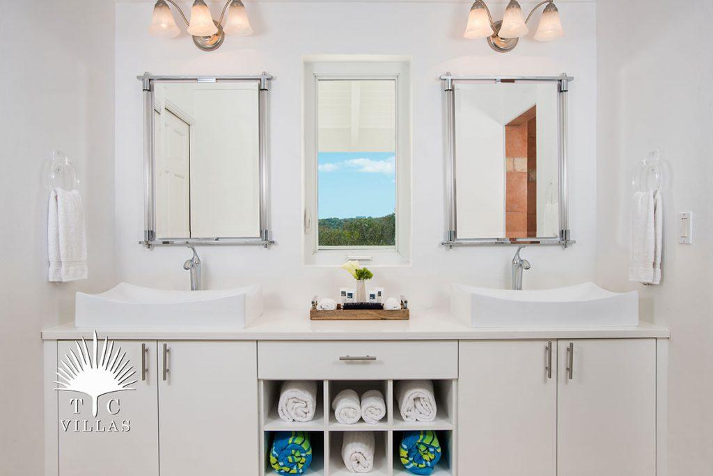 Bathroom: Sandstone, Grace Bay Beach, Luxury Villa